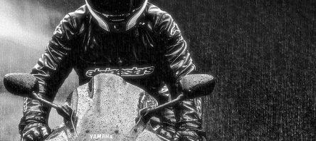 Motosiklet İçin Yağmurda Sürüş Teknikleri
