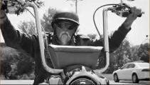 Motorcular Sert İnsanlardır :)