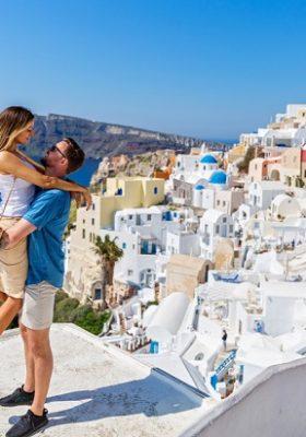 ROMANTİK ÇİFTLER İÇİN DÜNYADAKİ EN İYİ 10 SEYAHAT ROTASI