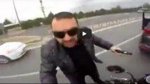 Atarlı Motorcu ve Asabi Sürücü