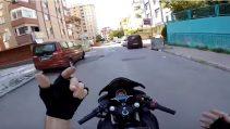 Motosiklet'te Drift (Yanlama) Nasıl Yapılır ?